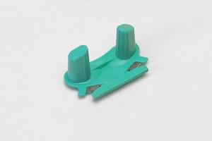 Cúter de plástico para cortar los esquís de fondo